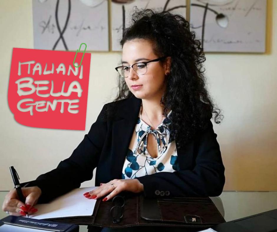 """Emanuela Arundine : Amore, dedizione e tenacia sono le parole chiave per essere uno psicologo e non per """"fare"""" lo psicologo."""